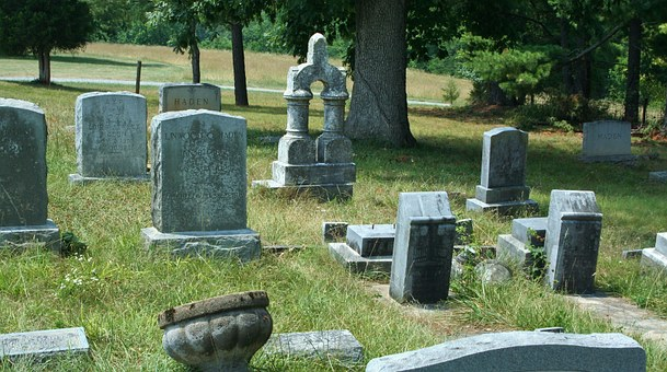 Choosing The Perfect Headstone To Keep The Memories Of Your Loved Ones Alive